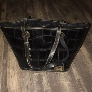 Dooney Bourke black purse